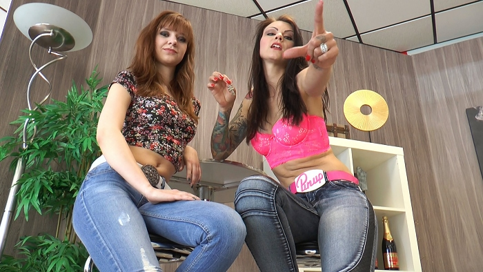keuscher-sklave-von-2-girls-2